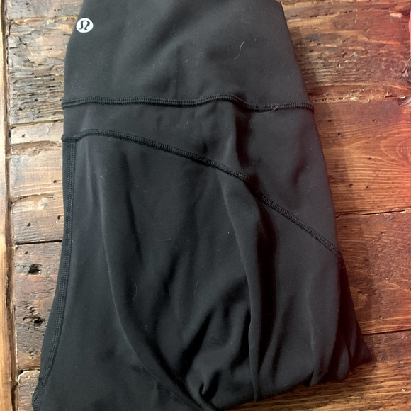lululemon in movement tight size 8